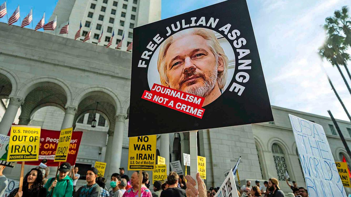 «Free Julian Assange» – Protest in Los Angeles
